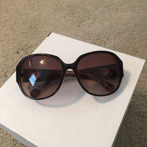 Coach. Brown tortoise oversized sunglasses